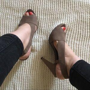 Moda Taupe Sling back Heels